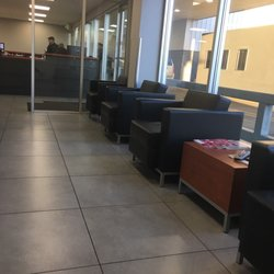 Foto van Roberson Motors - Salem, OR, Verenigde Staten. Waiting area.