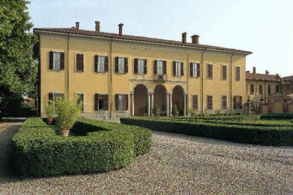 Galbusera arredamenti richiedi preventivo design d for Villa arredamenti milano