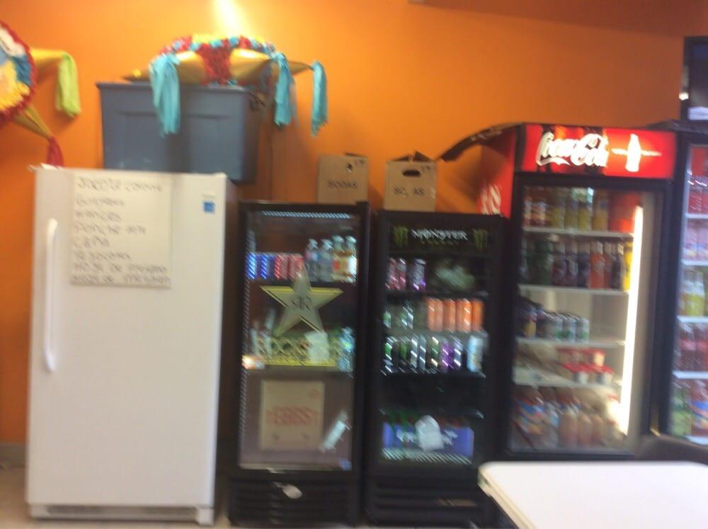 Panaderia Canaan | 808 E Wyatt Earp Blvd, Dodge City, KS, 67801 | +1 (620) 227-5431