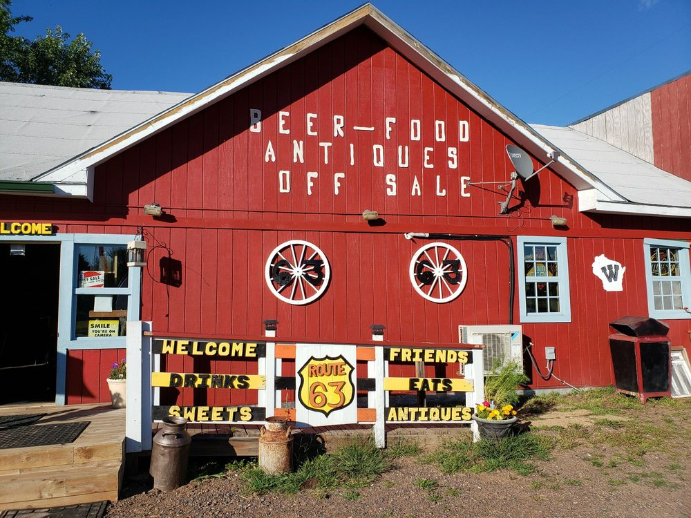 Route 63 Saloon, Pizza & Antiques: W3074 US Hwy 63, Springbrook, WI