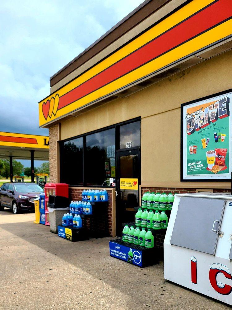 Love's Travel Stop: 299 I-45, Fairfield, TX