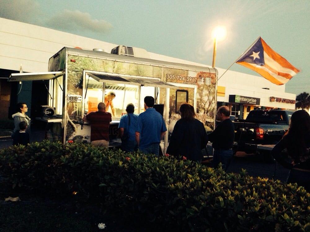 El Rincon del Coqui - Food Truck