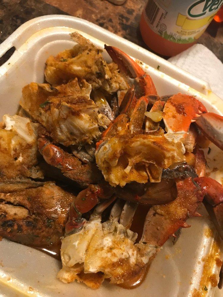 Barons Crab Stop: 1069 Golfair Blvd, Jacksonville, FL