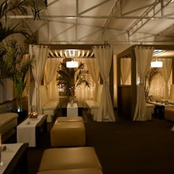 Photo of Chaise Lounge - Chicago IL United States. Upstairs Lounge : chaise lounge chicago - Sectionals, Sofas & Couches