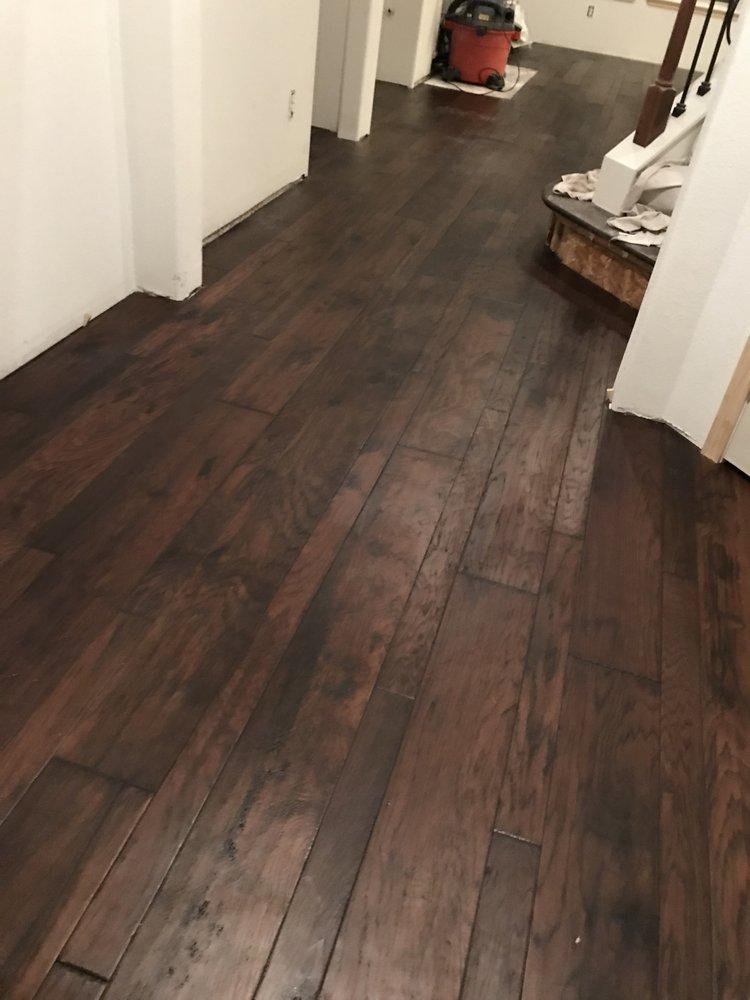 Roberts Hardwood Flooring Services: Houston, TX