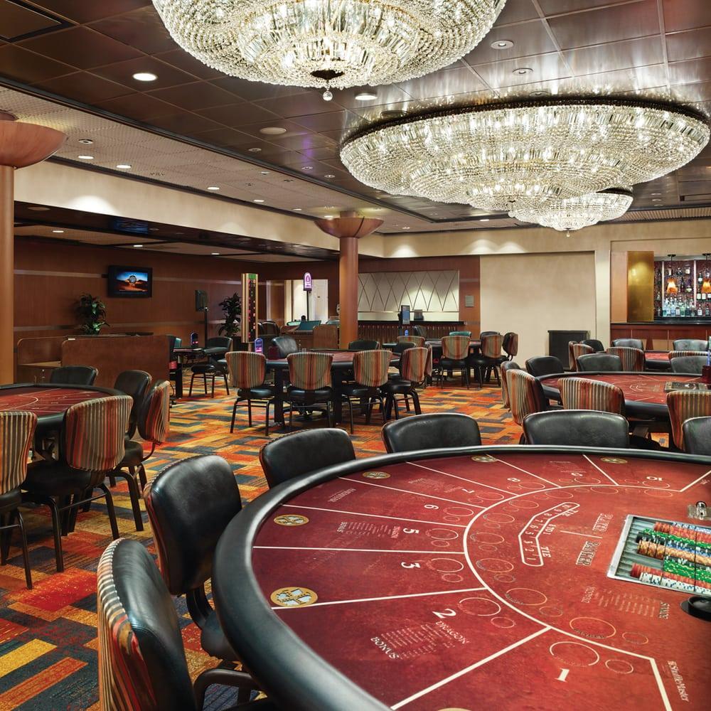 Ameristar Casino Hotel East Chicago: 777 Ameristar Blvd, East Chicago, IN