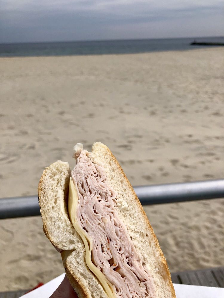 Bings Beach House Deli: 222 Main St, Avon By the Sea, NJ