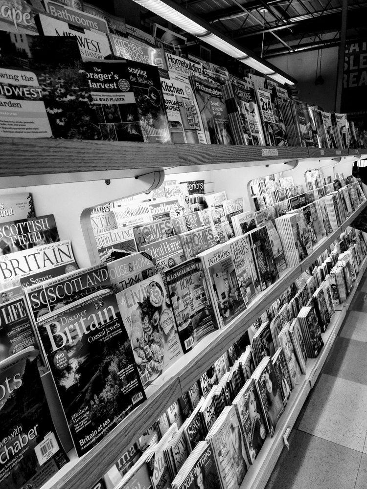 Chicago-Main Newsstand