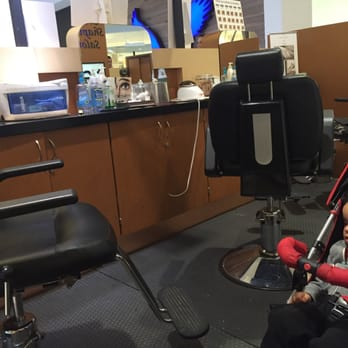 Brows Shaping Salon - CLOSED - Eyelash Service - Queens Ctr Mall ...