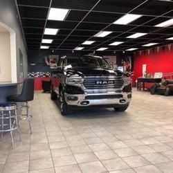 Car Dealerships Findlay Ohio >> Findlay Chrysler Dodge Jeep Ram Car Dealers 10305 State