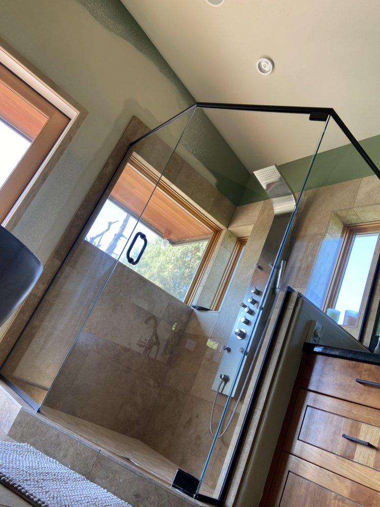 Precision Glass Service: Powell Butte, OR