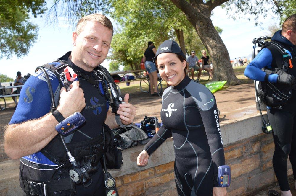 5 Star Divers: 7250 N Mesa, El Paso, TX