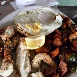Photo Of River S End Café Seal Beach Ca United States Huevos De