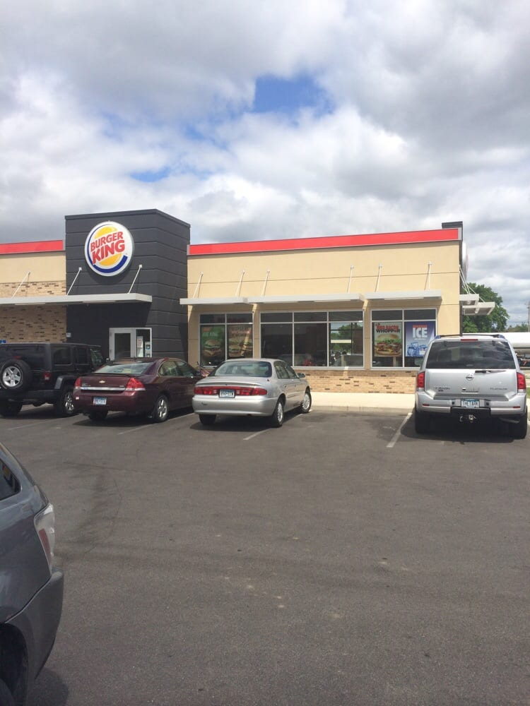 Burger King: 1021 15th Ave SE, Rochester, MN