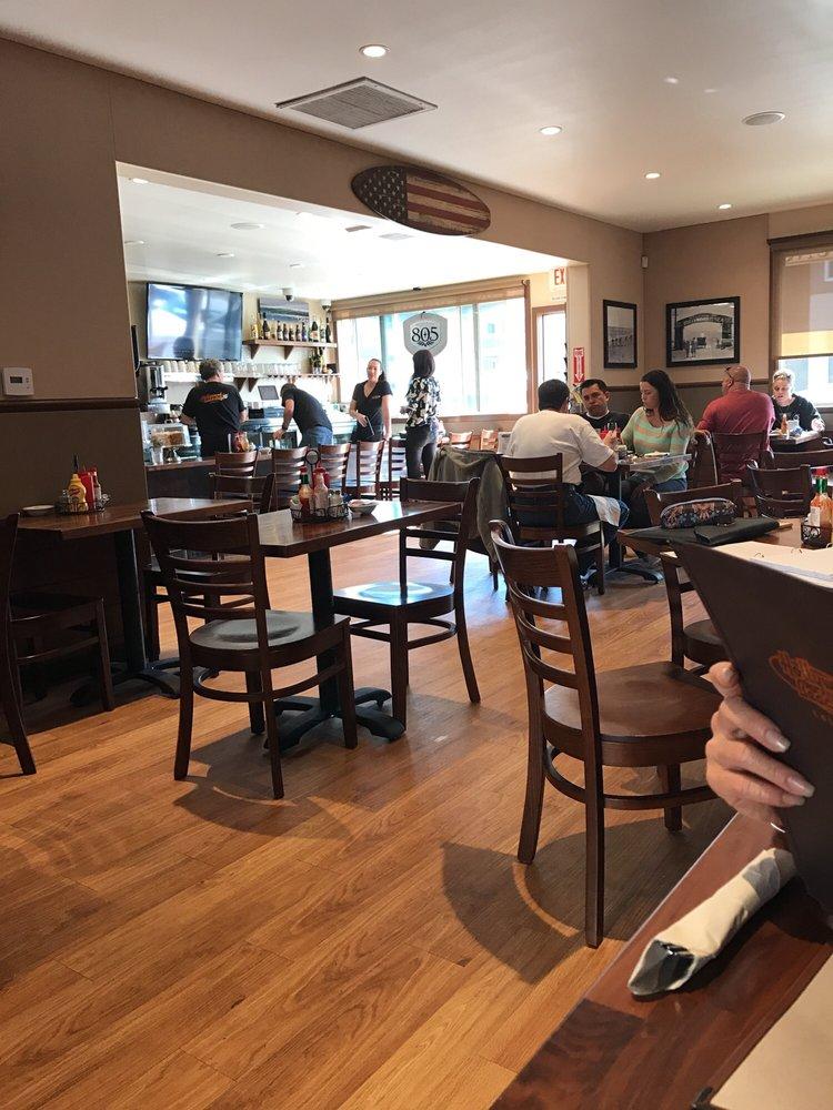 Hollywood Beach Oxnard Cafe