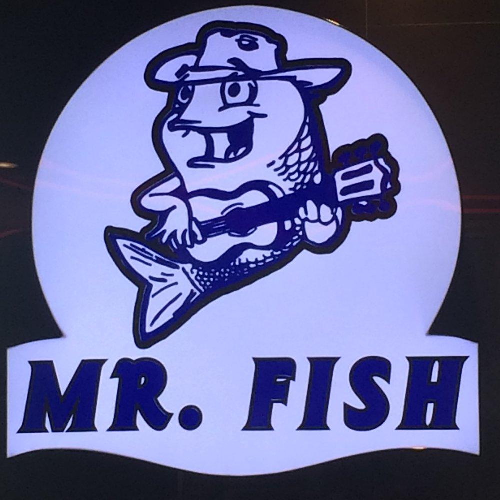 Pescaderia mr fish order online 211 photos 181 for Mr fish menu