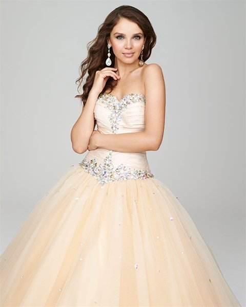 5ccdb8b2d54 Comment from Kassandra M. of Elegant Bride and Quinceanera Business Owner