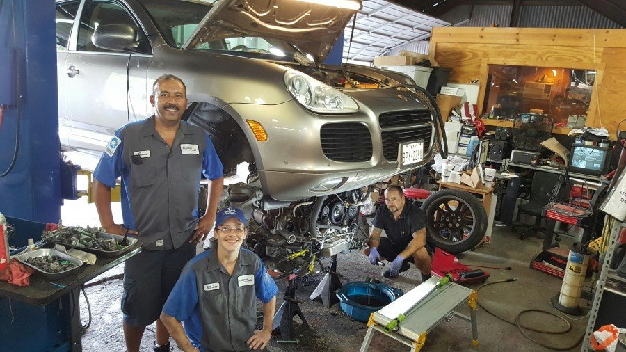 Pharaoh auto repair 20 photos 11 reviews auto repair for San antonio mercedes benz dealers