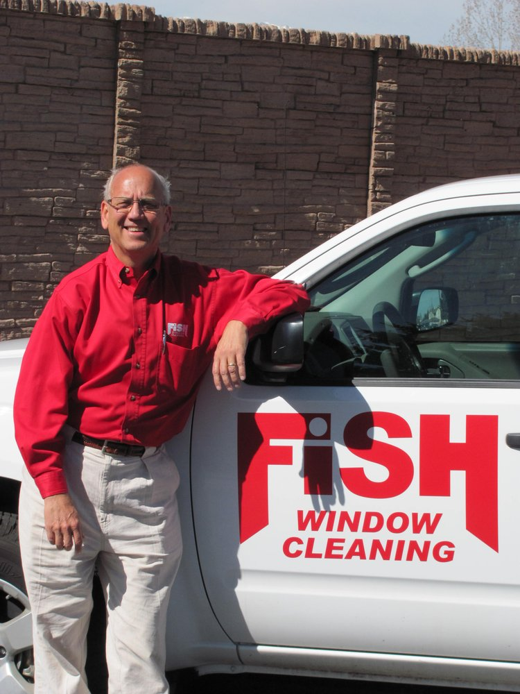 Fish window cleaning window washing 2842 a janitell rd for Fish window cleaning