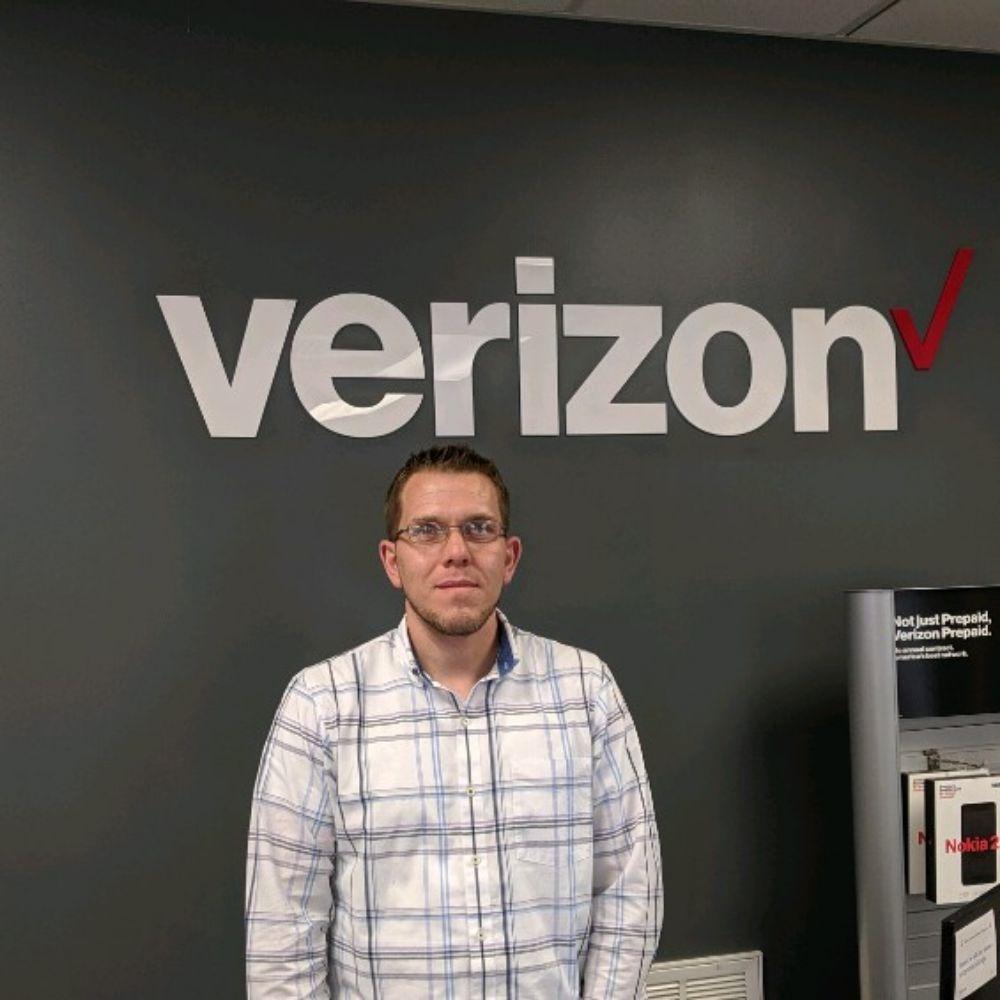 Verizon Authorized Retailer - Wireless Zone - Mobile Phones - 1209