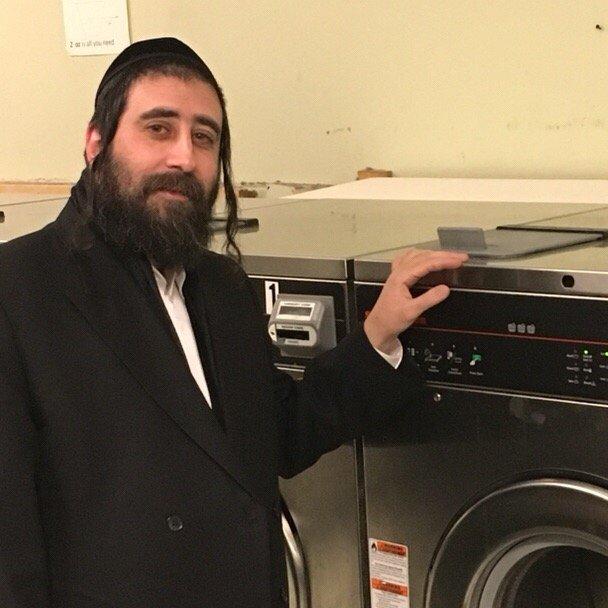 Clean N Green Laundromat 67 Reviews Laundromat 504