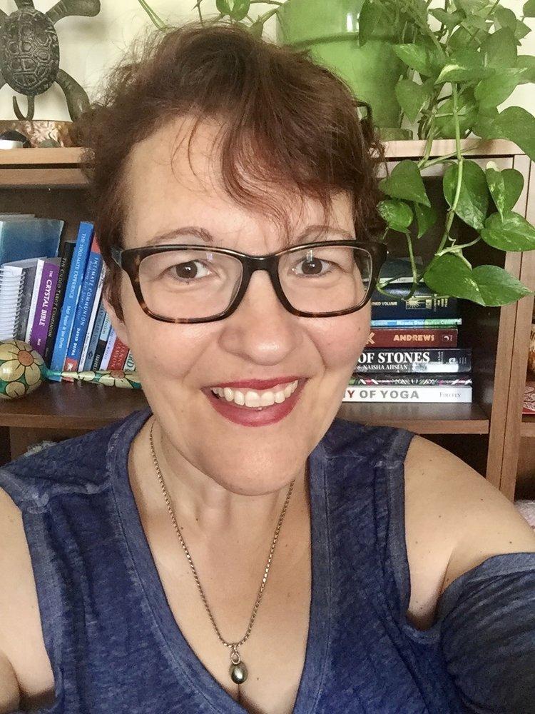 Readings With Lorri 10 Reviews Supernatural Readings