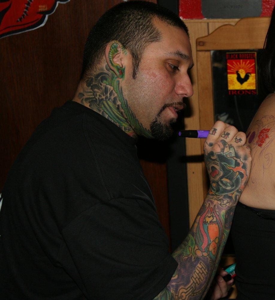 Undisputed tattoos 18 photos tattoo 2105 bandera rd for Tattoos san antonio tx
