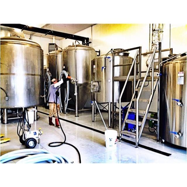 roaring fork beer Related documents: essay on the case of taybeh beer beer conversely, ex-users are all aware of our product but do not have an affinity for roaring fork beer.