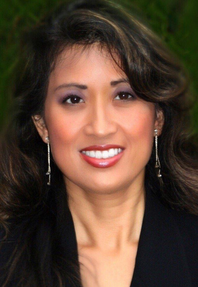 Rebecca Geracitano of Integrative Mind LLC, Past Life Regression and Hypnosis