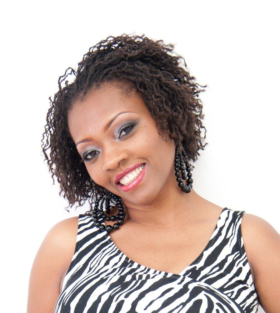 Hairdresser In Jamaica: Natural Hair Salon In Queens
