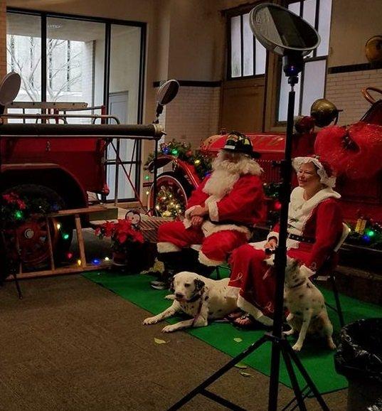 Photos with Santa @ Bogan Fire Museum