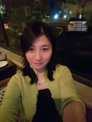 Yumi L.