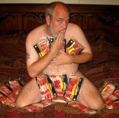 Bacon e.