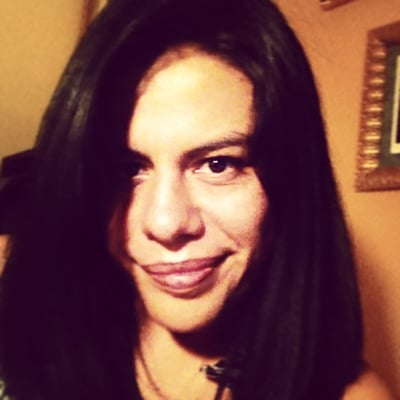 Claudia I.