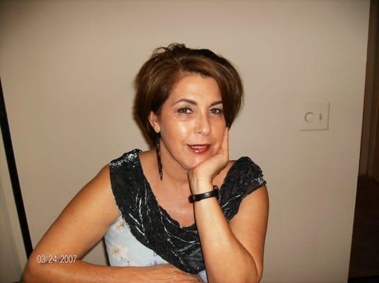 Lucia L.
