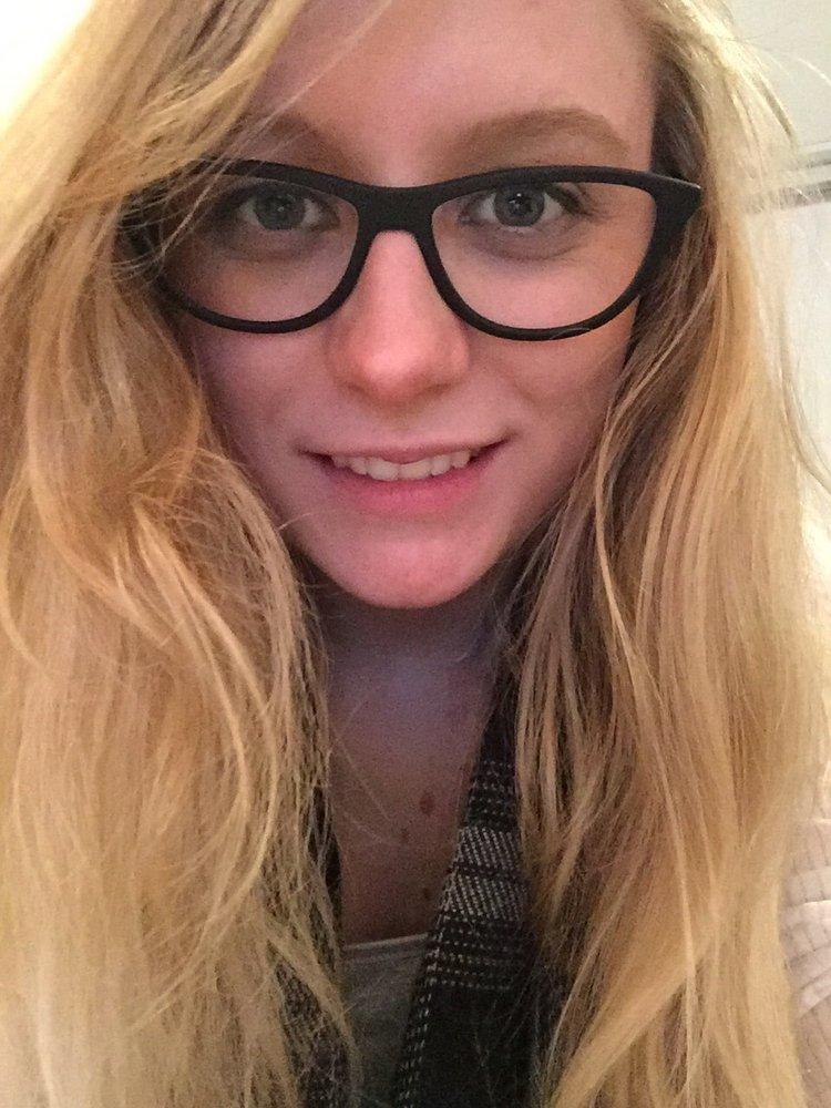 Rebecca R.'s profile photo