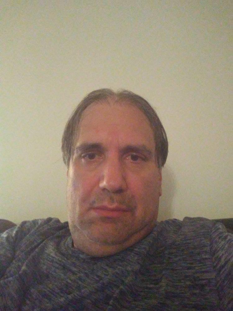 L G.'s profile photo