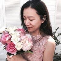 Jingxue W.