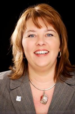 Mimi R.