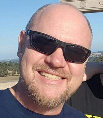 Erik E.