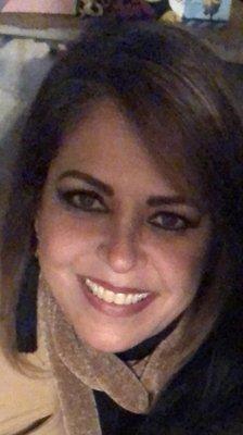 Laura R.